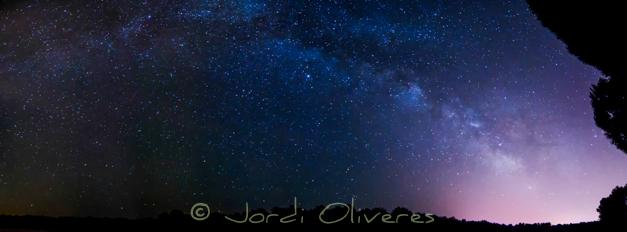 Panoràmica de la Via Làctia formada per 7 imatges. Nikon D7000, Tokina 12-24 f/4 (a 12 mm)